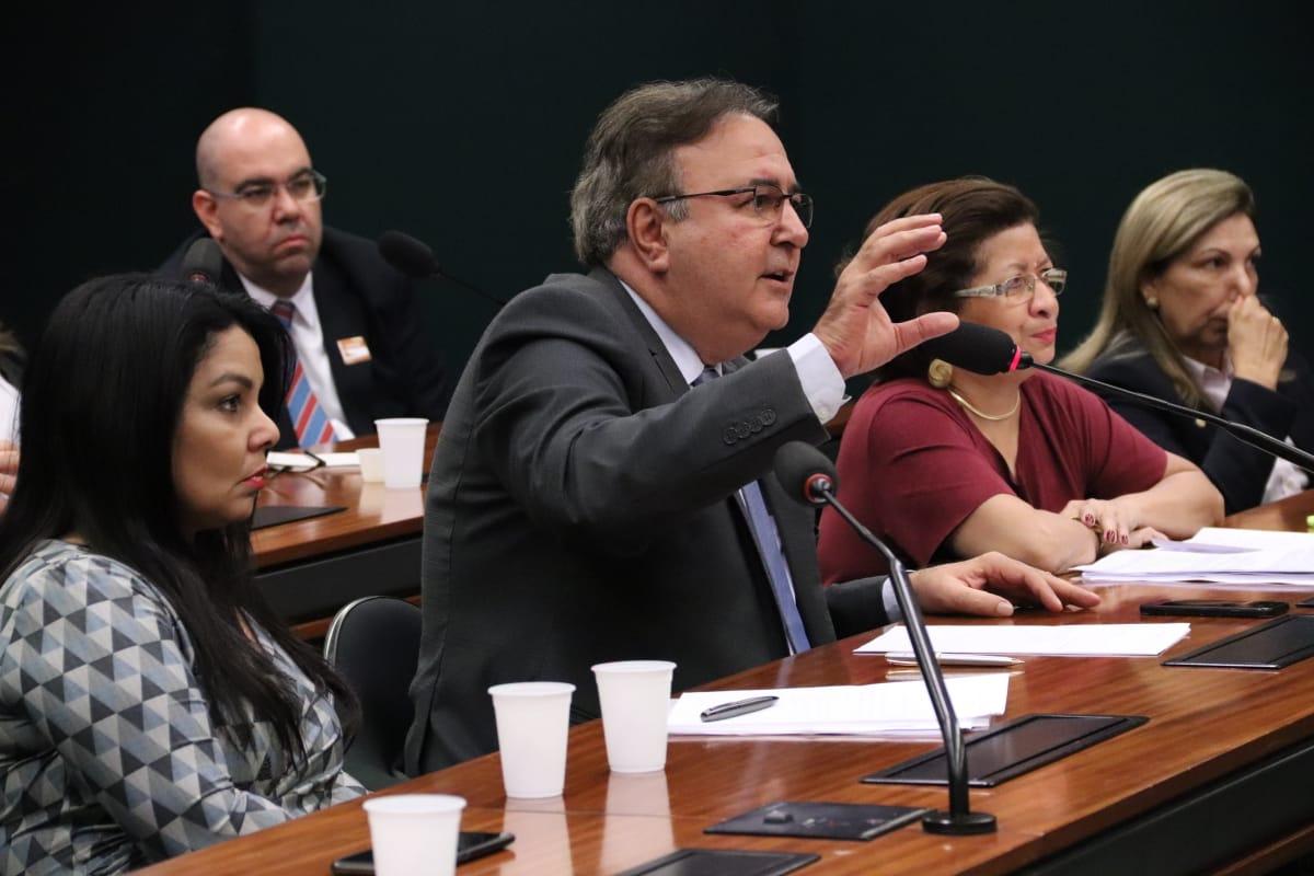 O Chefe do Departamento Técnico Do CREA/DF, Gilberto Campos