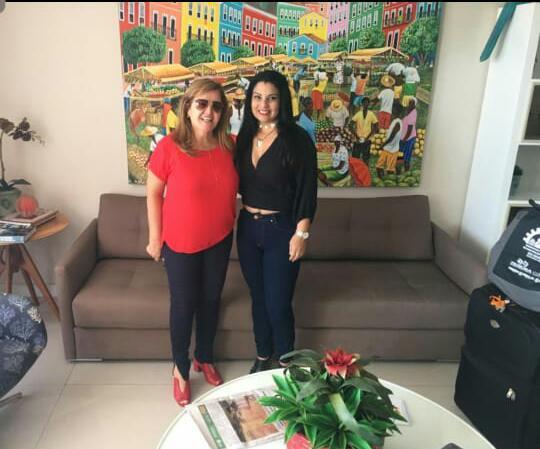 Associados à ABAP em reunião com a presidente, Karine Moreira, durante o XX COBREAP, em Salvador